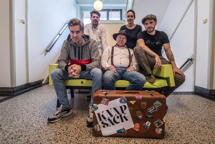 V.l.n.r.: de organisatoren Nick Keijzer, Daan van de Putte, Hans Dunlop, Fennie Kostense en Tim van den Eijk.