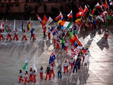 LIVE: Atleten druppelen binnen, Wüst met vlag