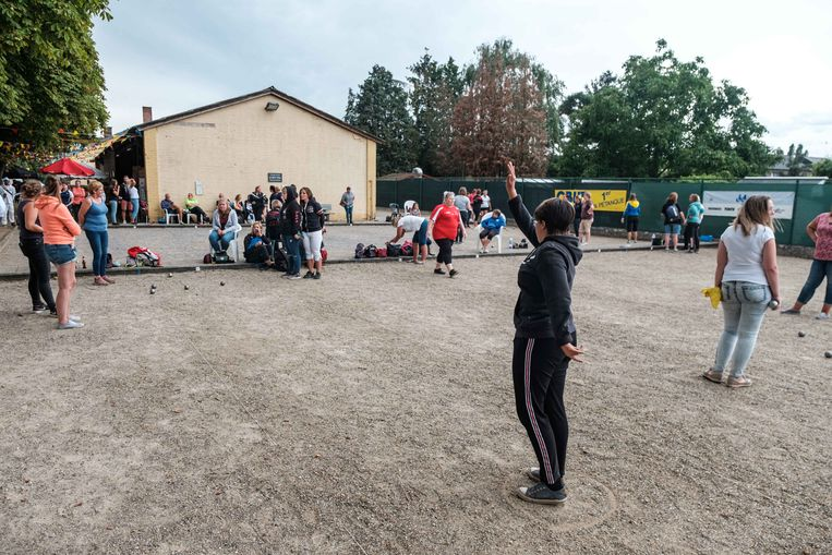 Van vrijdag tot zondag komen 1.300 deelnemers van meer dan achttien verschillende nationaliteiten samen op het Maaseiker Petanque Weekend.