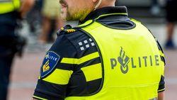 Nederlandse flikken lopen rond in stinkende polo's