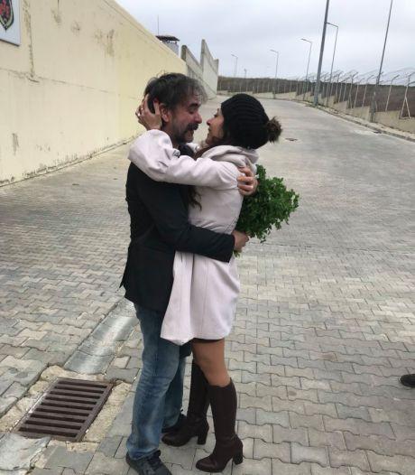 Turkije laat Duitse journalist Deniz Yücel gaan
