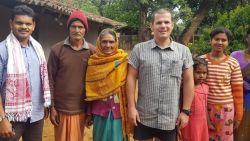 """Familie vreest voor leven Kristof, die vast zit in midden van jungle India: """"Dringend hoge diplomatieke tussenkomst nodig om hem in New Dehli te krijgen voor repatriëringsvlucht"""""""