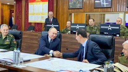 Poetin op verrassingsbezoek bij Assad in Syrië