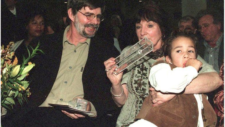 Kinderboekenschrijver en illustrator Wim Hofman tijdens de uitreiking van de Gouden Griffel 1998 Beeld anp