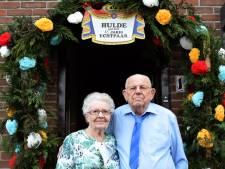 65-jarige paar Axel: We zagen elkaar als we uitgingen
