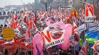 Groot protest tegen cruiseschepen in Venetië