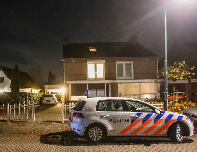In een woning in Mierlo-Hout in Helmond is een 44-jarige man opgepakt.