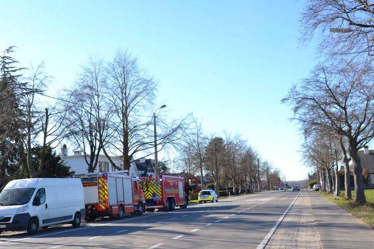De brandweer kwam met twee wagens ter plaatse.