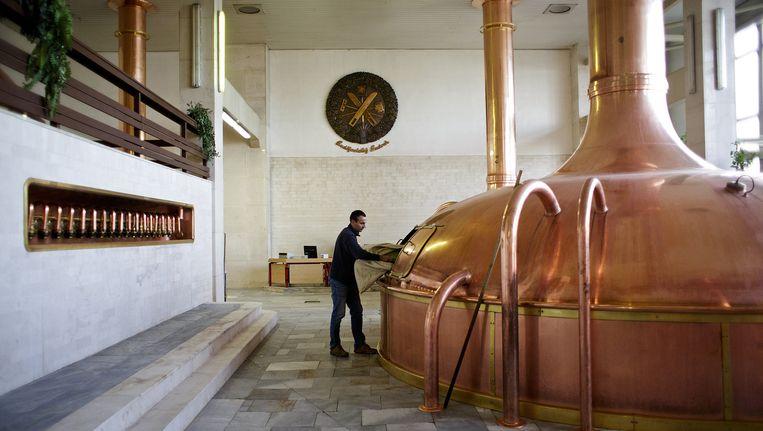 Een gistingsvat van de Tsjechische brouwerij Budejovicky Budvar NP, ook een loot aan de stam van AB Inbev. Beeld Bloomberg