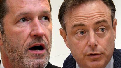 N-VA-voorzitter Bart De Wever sprak met informateur Paul Magnette (PS)
