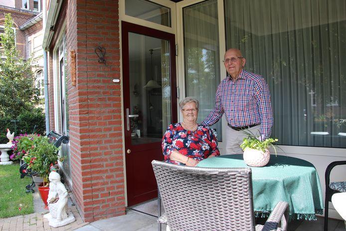 Jas en Netje van Stiphout-Timmers wonen heerlijk aan de Cour in Uden.