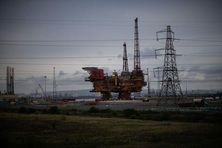 Olie- en gasboorplatform Brent Delta drie jaar geleden aan de vooravond van zijn ontmanteling in het Britse Hartlepool. Het platform was in 2011 al uit de productie gehaald. Beeld Getty Images