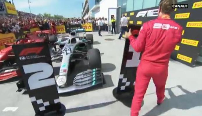 Sebastien Vettel montre son mécontentement