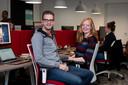 Collega's Rob van der Niet (29) en Merel Driessen (27) werden op het werk verliefd.