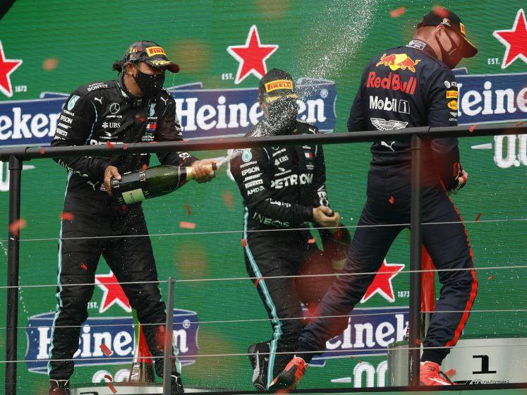 Hamilton schittert in Portugal, podiumplaats voor Verstappen