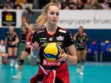 Volleybalster Laura de Zwart uit Groot-Ammers wil na knieblessure knallen in Duitsland