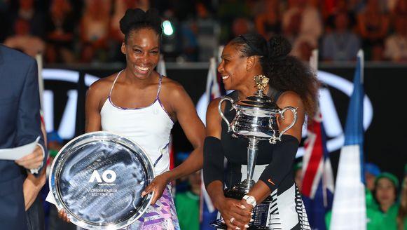 Venus en Serena Williams na de finale van de Australian Open, van afgelopen weekend.