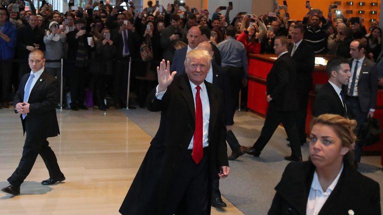 Donald Trump gisteren in het kantoor van The New York Times. Beeld null