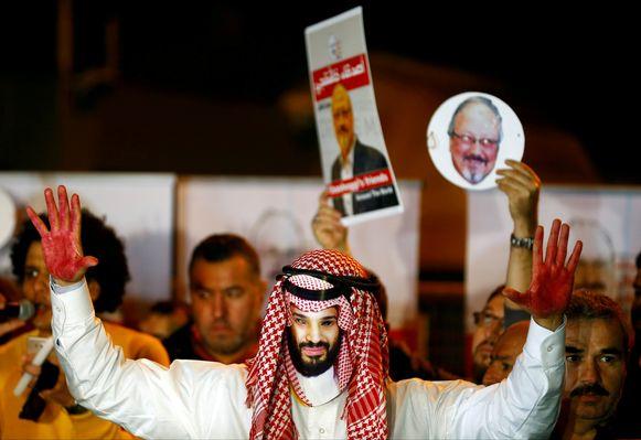 Amerikaanse inlichtingendiensten geloven dat de Saudische kroonprins opdrachtgever van de moord op Khashoggi was.