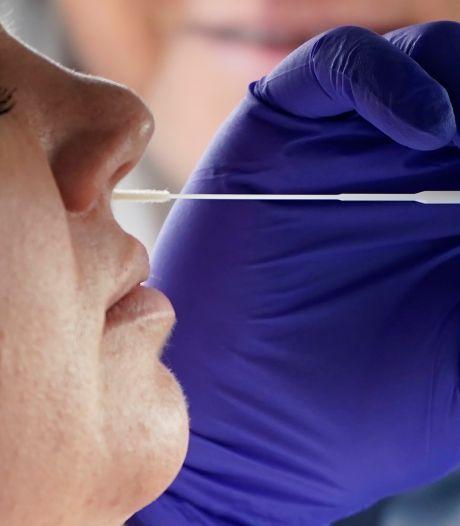 Aantal positieve tests weer boven de 10.000, opnieuw een stijging