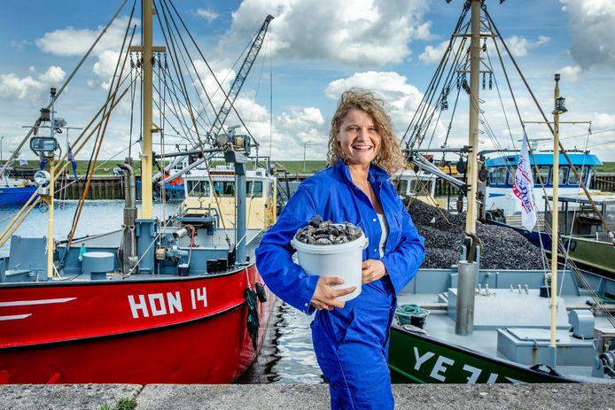 Culinair journalist Laura de Grave houdt van Zeeuwse mosselen. 'Ze zijn vet lekker.'