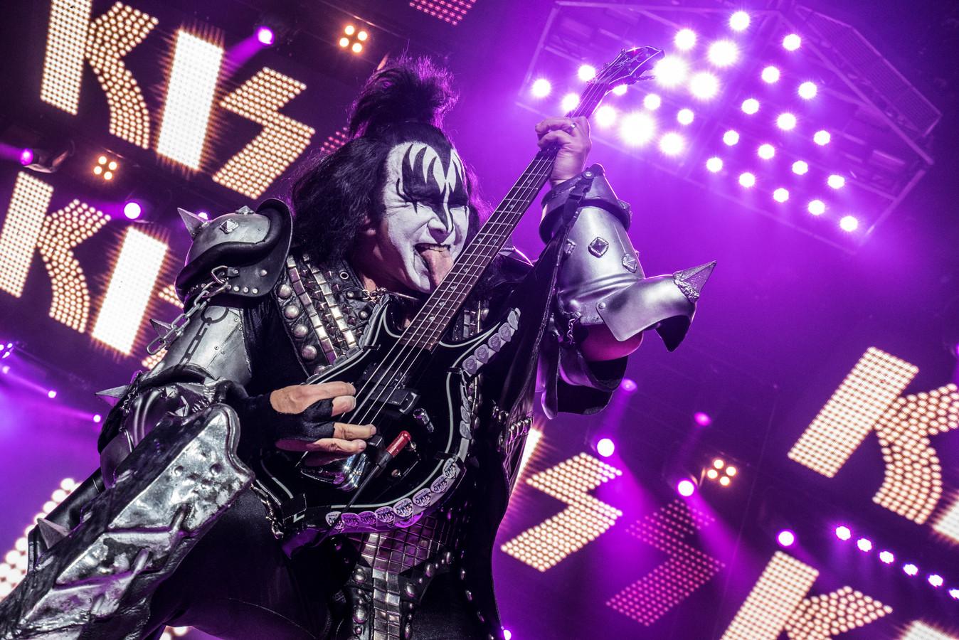 Kiss speelt in Ahoy Rotterdam.