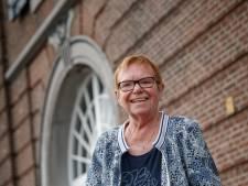 Deze vrouw kocht monumenten in Willemstad