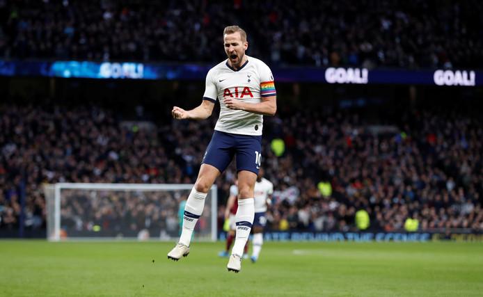 Harry Kane viert zijn goal tegen Burnley afgelopen zaterdag.