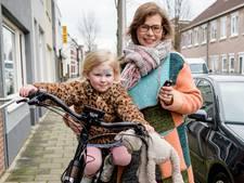 Klaar met CBR-chaos: jonge moeder wacht al half jaar op nieuw rijbewijs