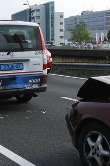 Botsing op N2 bij Eindhoven, vier kinderen lichtgewond