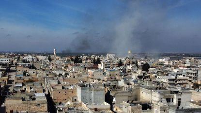 """Meer dan dertig Turkse militairen gedood in Syrië, Washington veroordeelt """"walgelijk offensief"""""""