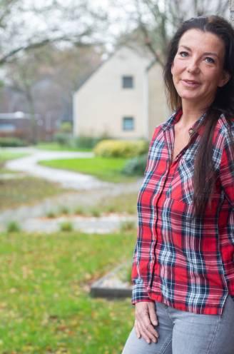 """Ex-sekswerker Deborah (45) openhartig over vroeger leven: """"Ik was zó vernederd in die hotelkamer, ik wilde opnieuw controle over mannen"""""""