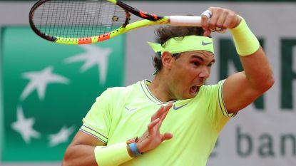 Indrukwekkende Nadal in drie sets voorbij Federer en stoot door naar finale Roland Garros