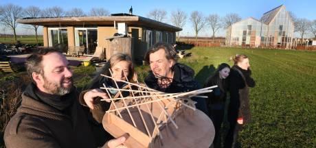 Gieter maakt plaats voor douchekop: zelfvoorzienende woning Pioniersveld bijna af