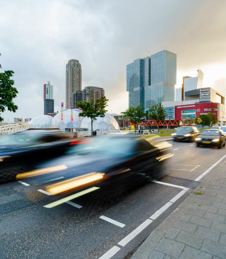 Helft Nederlanders: maximumsnelheid bebouwde kom van 50 naar 30