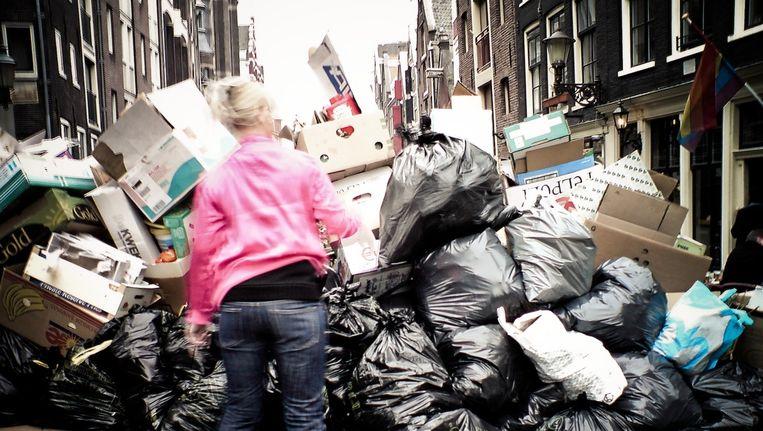 Het afvalprobleem op de Zeedijk is niet nieuw. Beeld Marco Raaphorst via Flickr.
