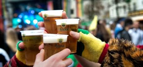 Goedkoopste carnavalsbier drink je in Schaijk
