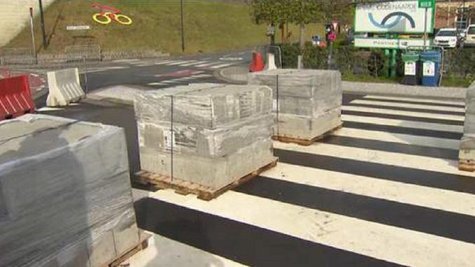 Betonblokken, 900 agenten en 2.500 stewards: dit wordt de strengst beveiligde Ronde ooit
