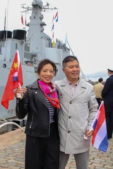 Geen alledaags gezicht: Chinees oorlogsfregat in Rotterdamse haven
