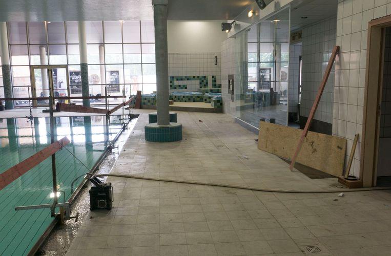 De renovatiewerken aan het zwembad in Puyenbroeck gaan de laatste rechte lijn in.