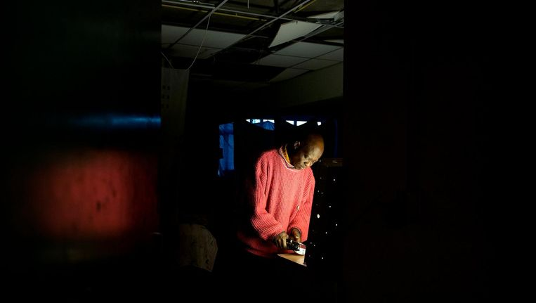 Een uitgeprocedeerde asielzoeker in de Vluchtgarage. Beeld anp