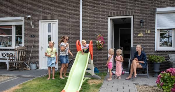 Oostdijk is het jongste dorp van Zeeland: 'Aan deze straat ...