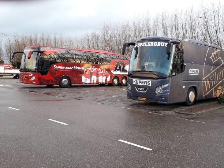 Willem II en AZ 'in afzondering' per ongeluk bij elkaar