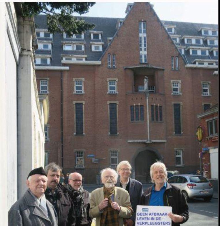 Het Leuvens Historisch Genootschap zal juridische stappen zetten om de sloop van de Verpleegstersschool te voorkomen.