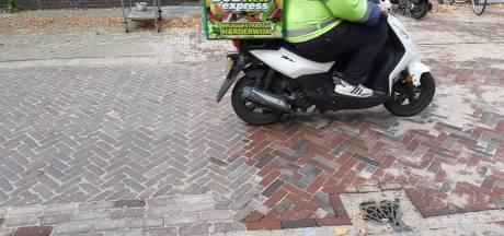 En toen waren de stenen op in Harderwijk