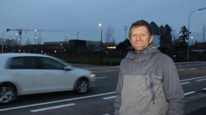 """""""Trek fietssnelweg F421 met fietstunnel of -brug door tot sporthal 't Rosco"""""""