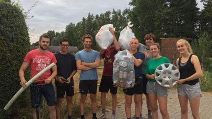 Twee vuilniszakken gevuld tijdens looptocht van 5 kilometer