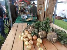 Een druk bezochte en leerzame Boerenerfdag in Hank