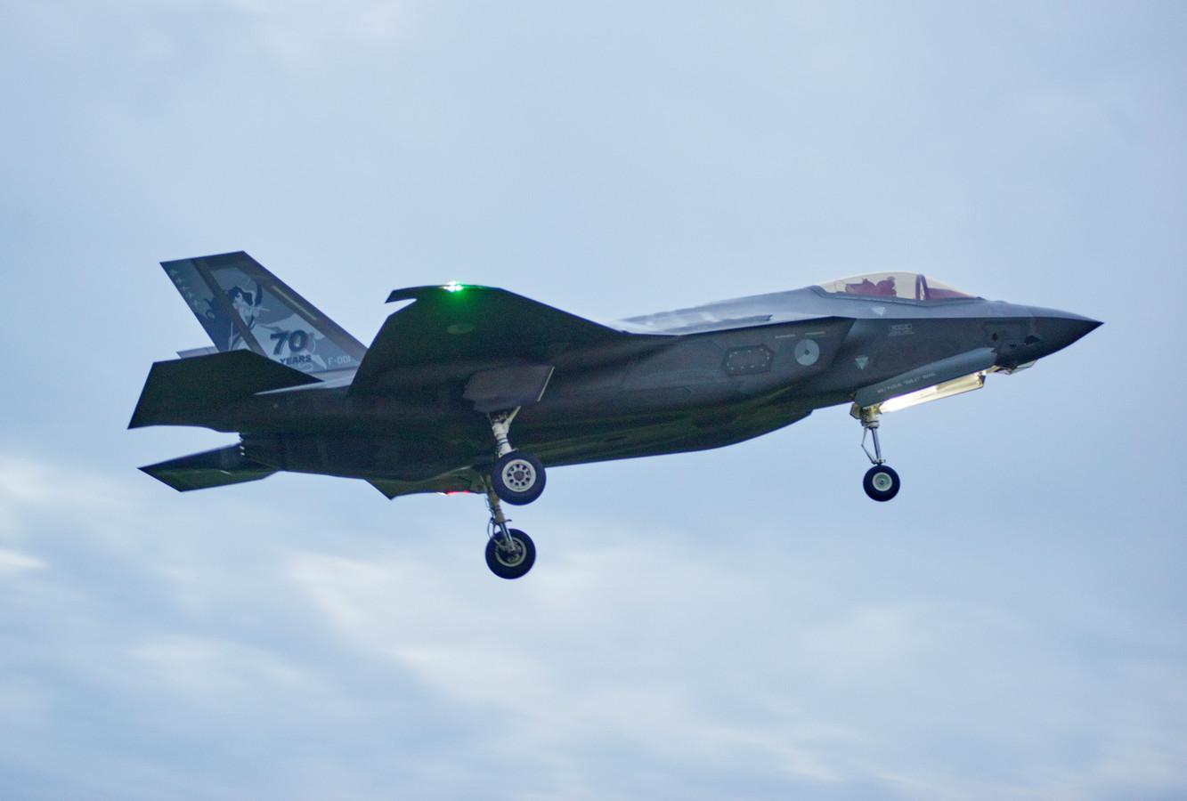 De F35 was te zien tijdens de Luchtmachtdagen in Volkel.