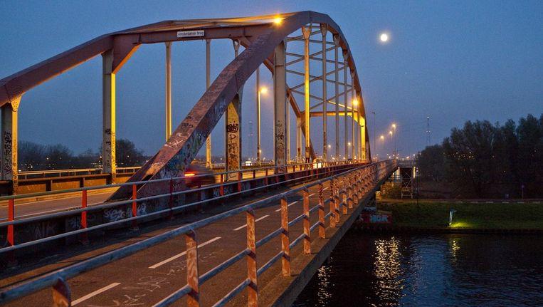 De Amsterdamsebrug. Beeld Floris Lok